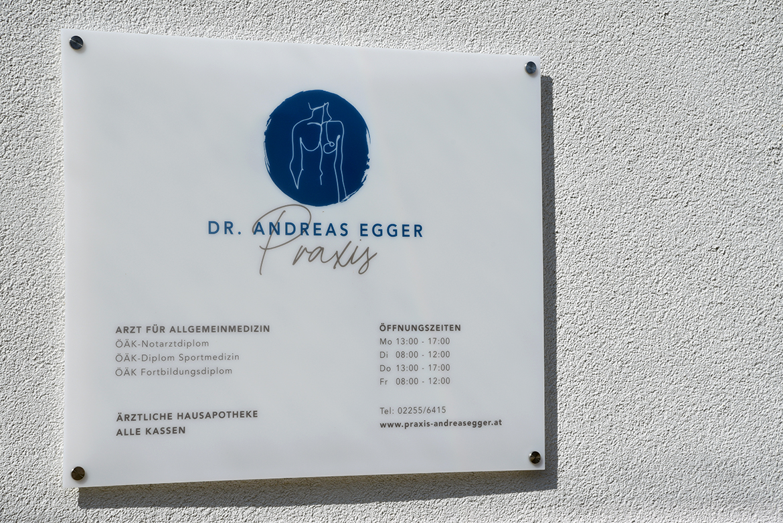 StudioBespoke-Wien-Branding-DrEgger_Grafik-09