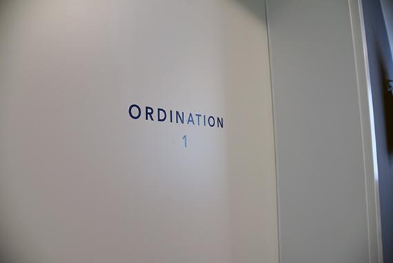 StudioBespoke-Wien-Branding-DrEgger_Grafik-13