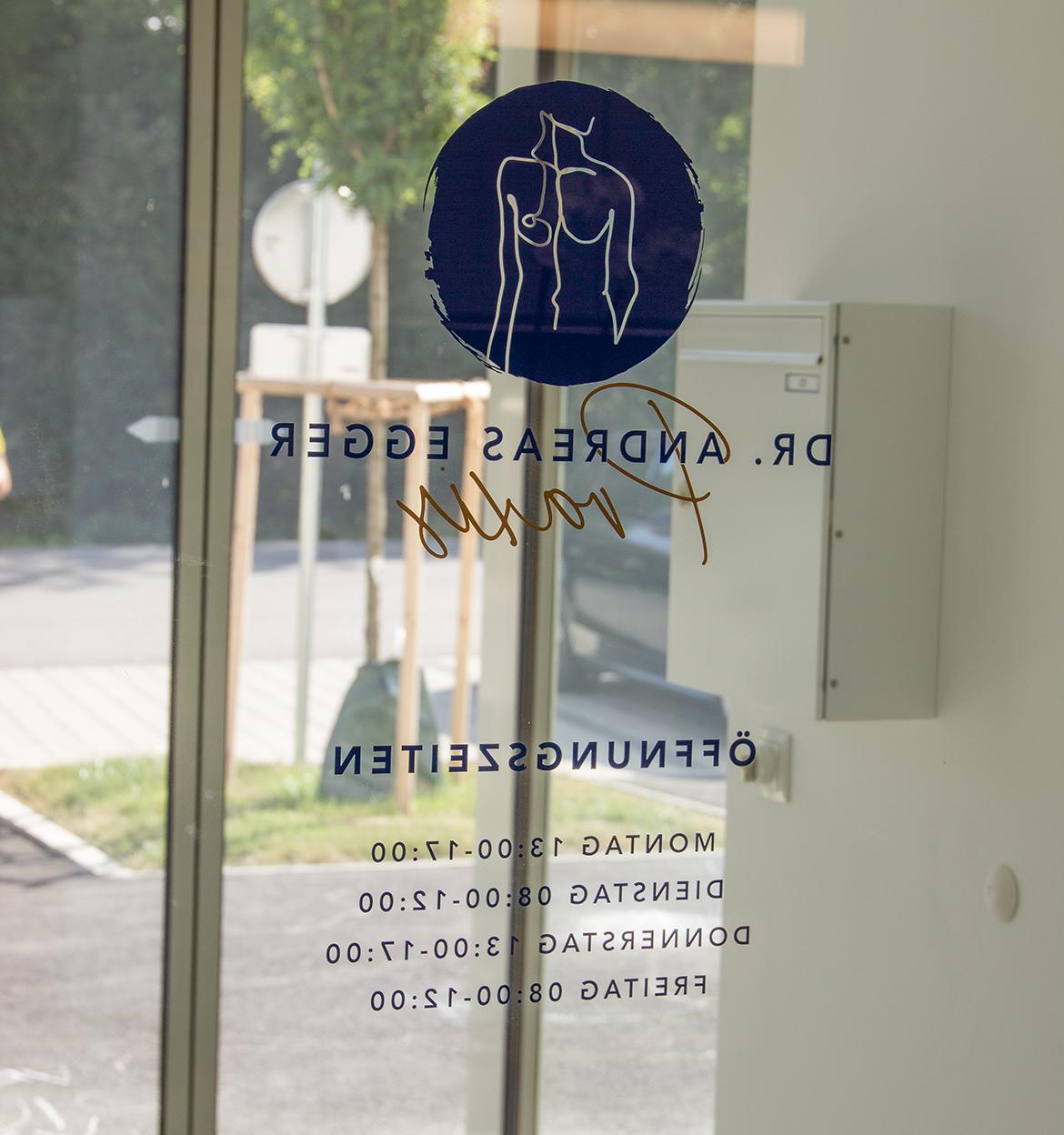 StudioBespoke-Wien-Branding-DrEgger_Grafik-15